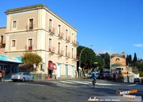 Bike Tours Around Catania - © Sicily Bike Tourist Service 04